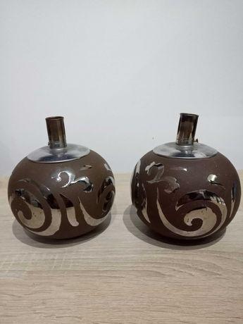 Dwa stare lampiony na naftę