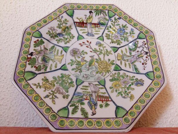 Pratos Decorativos em Procelana chinesa e inglesa - Antigos