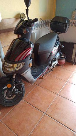 Scooter Hurricane