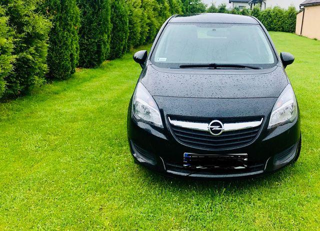 Sprzedam samochód osobowy Opel Meriva B Turbo.