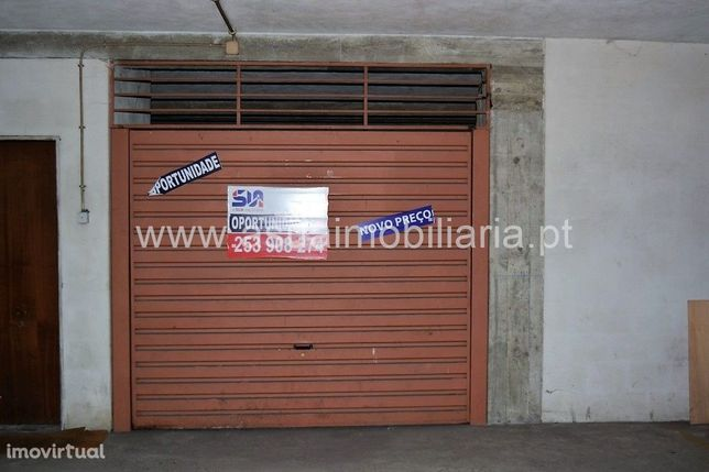 Garagem Fechada - Lago