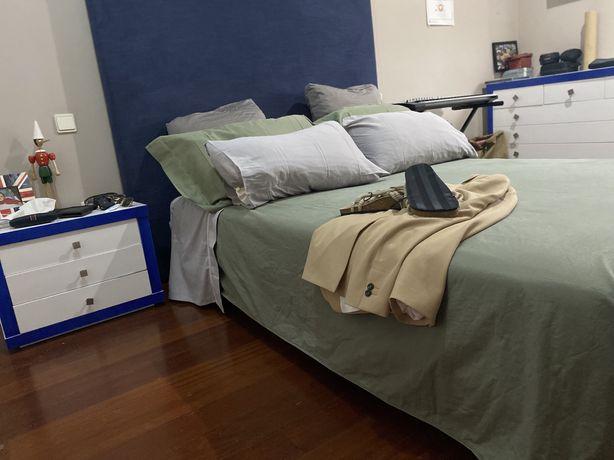 Conjunto de Quarto (cama+comoda+2mesinhas+ secretaria