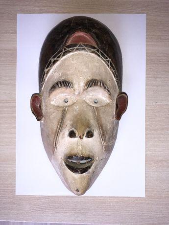 Oryginalna maska afrykańska z Kamerunu