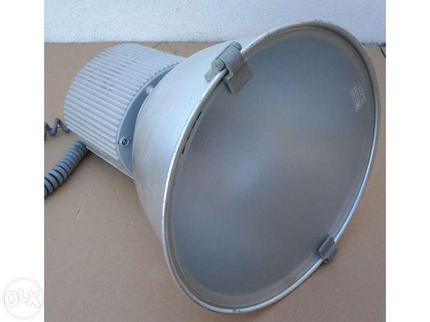 Projector de iluminação castaldi minisosia d23/mh150l