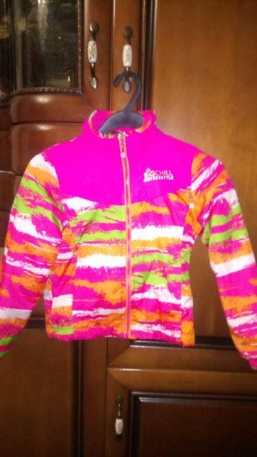 Демисезонная легкая курточка для девочки. Возраст 6 лет. Без нюансов