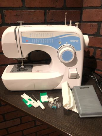 Швейная машина BROTHER L-30