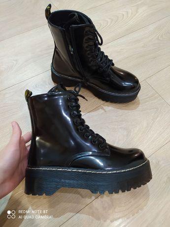 Дуже круті новенькі демисезонні ботинки