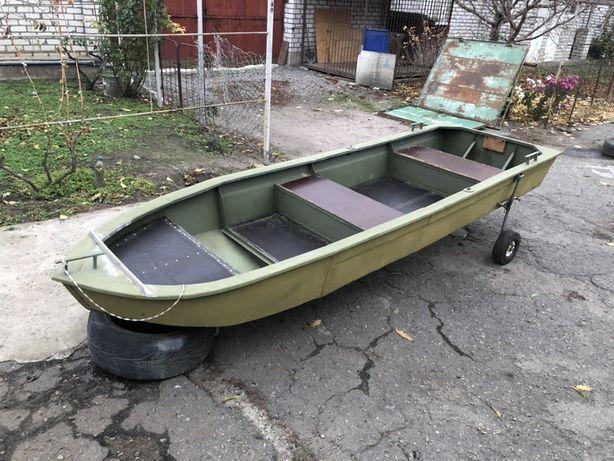 Продам алюминиевую моторно-гребную лодку