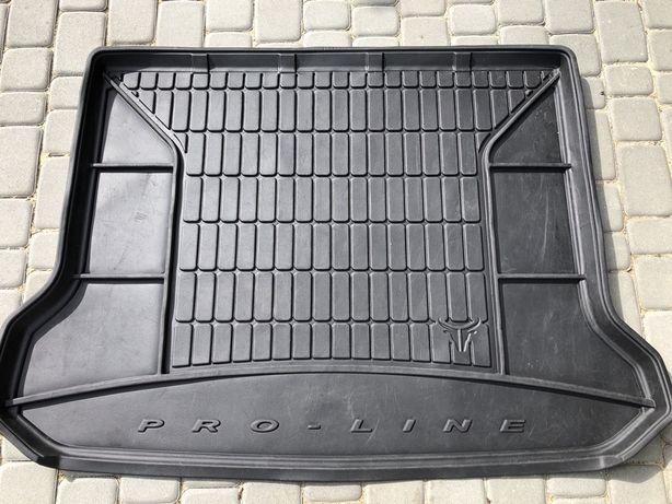 Mata do bagaznika XC60 (wersja sprzed 2017r)