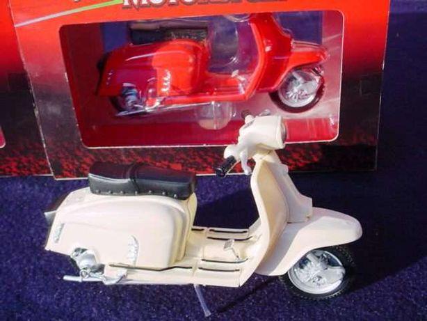 Miniatura modelo Lambretta SX
