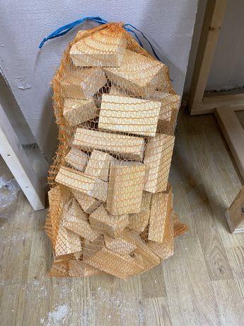 Drewno do palenia rozpałka 8 kg suche rozpałkowe