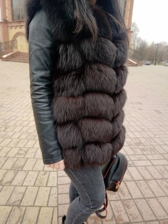 Женская меховая жилетка песец