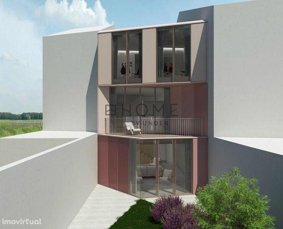 Moradia T3 para Reconstrução, em Ovar Centro, Aveiro