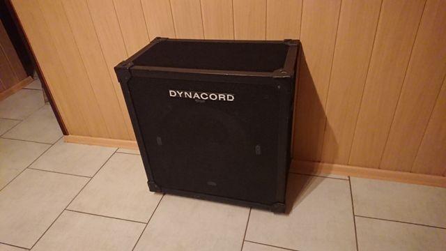 Dynacord subbas aktywny