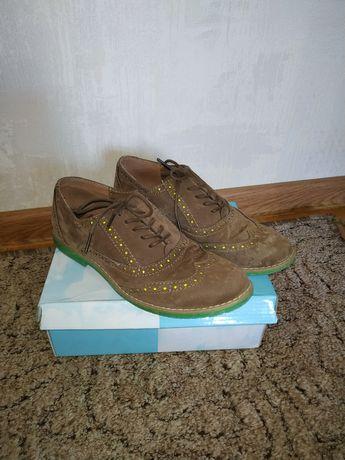 Туфли 37 р, лофери, туфлі, мокасини, туфлі