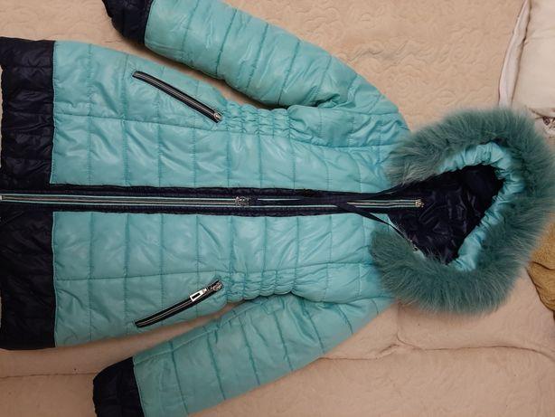 Курточка на дівчинку 7-8 років