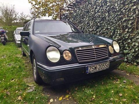 Mercedes Benz E420 S210