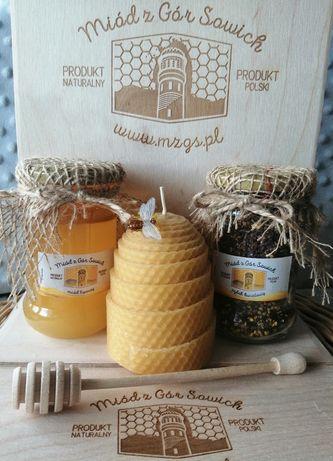 Eko zestaw prezentowy miód pyłek wosk pszczeli prezent hand made drewn