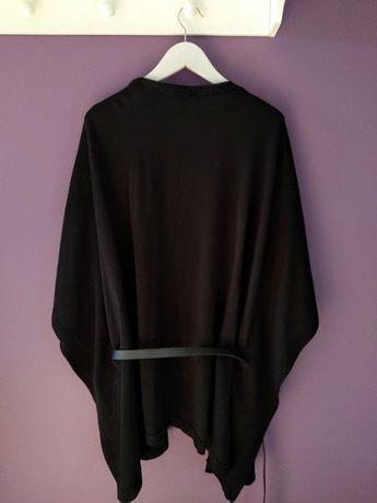 Sweter kimono z paskiem czarny Stradivarius