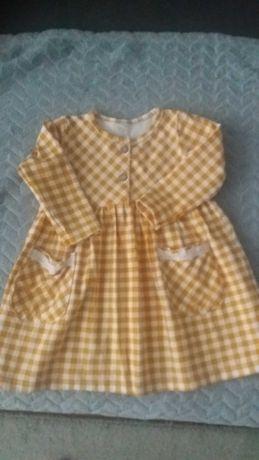 Śliczna sukieneczka niemowlęca r.74