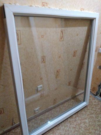 Пластиковый оконный блок (дверь, окна)