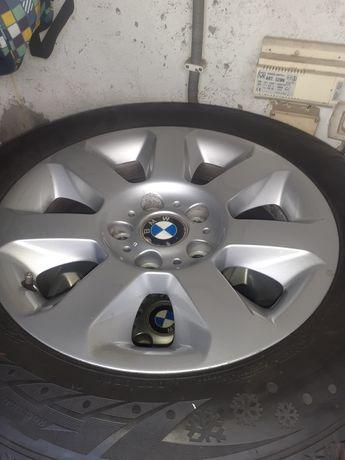 4 jantes BMW com pneu .