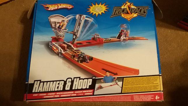 Hot Wheels Hummer & Hoop