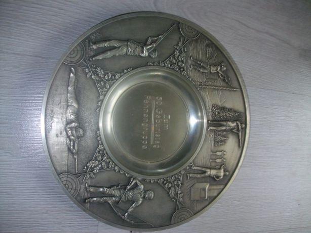 Talerz srebrny ozdobny na ścianę