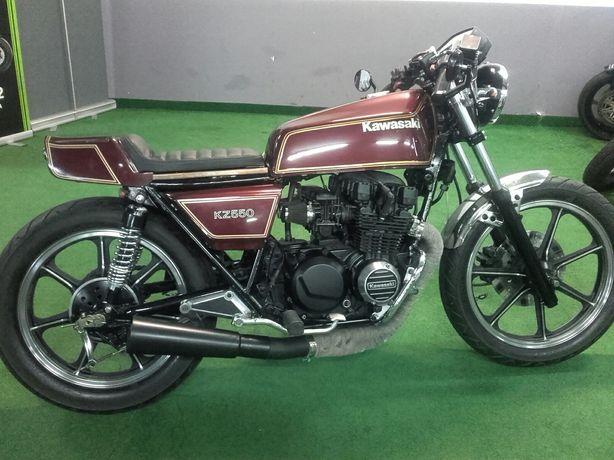 Kawasaki kz 550 A cafe racer