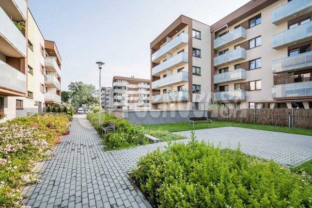 Mieszkanie 3-pokojowe z komórka lokatorską oraz m. postojowym w cenie!