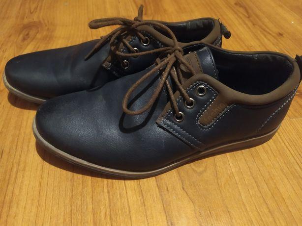Туфлі 34 розмір гарні