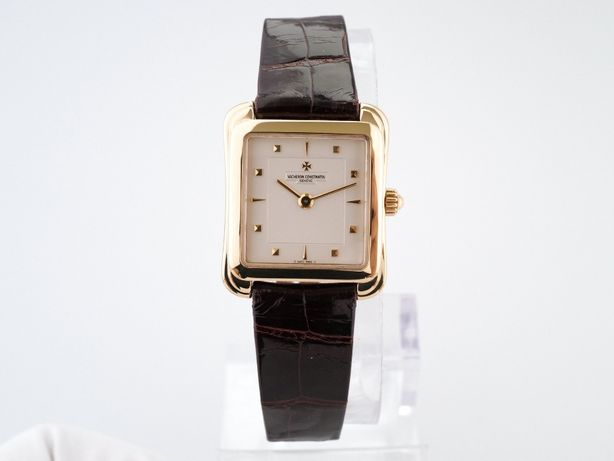 Женские новые часы Vacheron Constantin Historiques 18K Yellow Gold