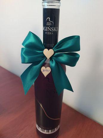 Serduszka drewniane, na wódkę kokardkę ozdoba butelki kokardki weselne