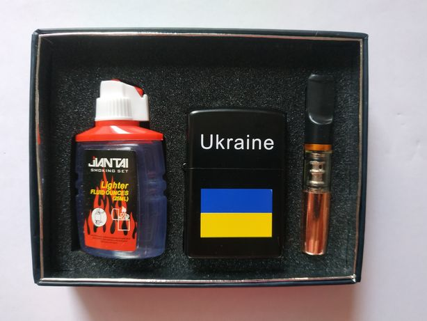 Подарочный набор зажигалка бензиновая + баллончик бензина + мундштук