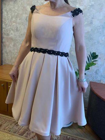 "Платье бежевое. Бренд ""Т.Веселкова"""