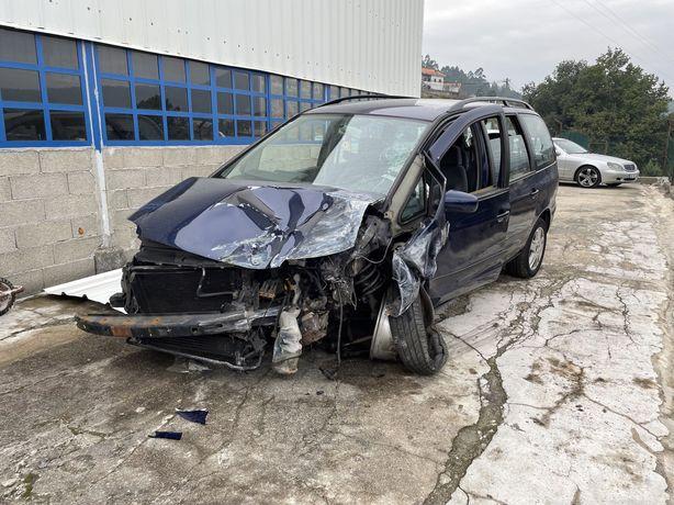VW Sharan acidentada PD115