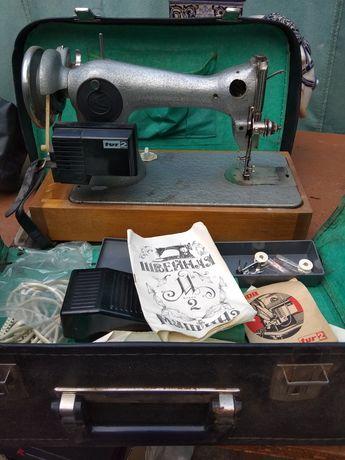 Aspa tur 2 машинка швейная полный комплект новая