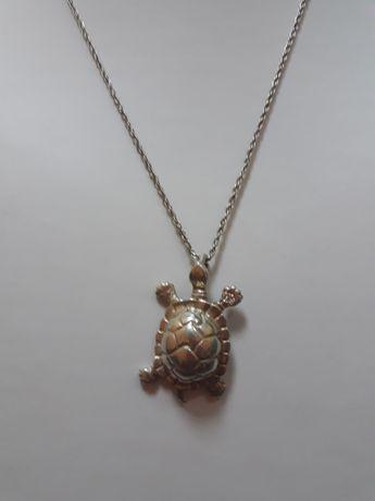 Srebro  wisiorek  żółwik  z łańcuszkiem