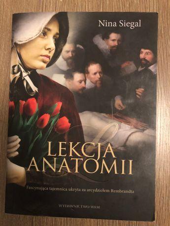 Lekcja anatomii. Nina Siegal