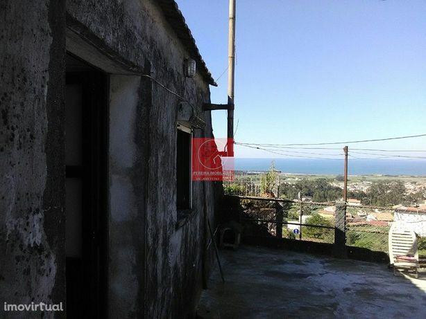 Moradia T2 vista mar para restauro - Vila Chã Esposende