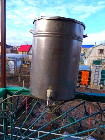 Ёмкость для питьевой воды из нержавеющей стали (80 литров)