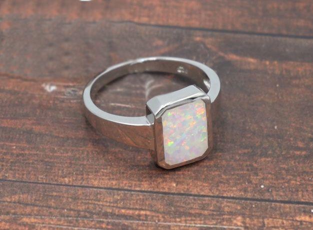 Srebrny pierścionek 925- opal australijski syntetyczny-rozmiar 20