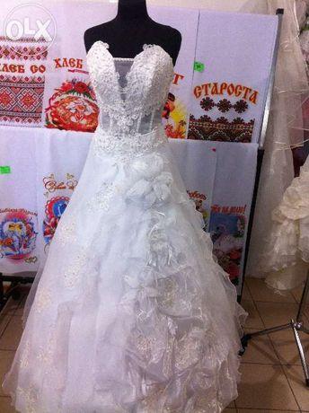 Продам свадебное платье,туфли