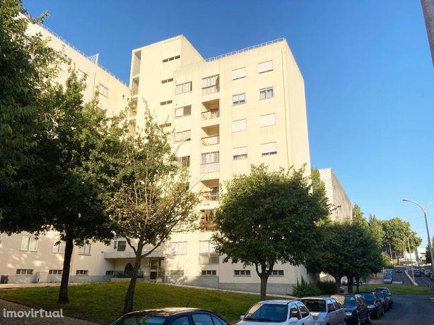 Apartamento T0 junto ao Shopping 8ª Avenida
