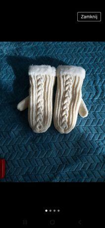 Rekawiczki wełniane z futerkiem
