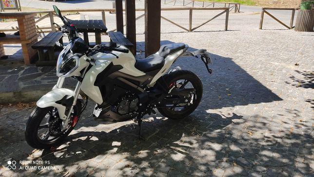 Moto Keeway rkf 2020