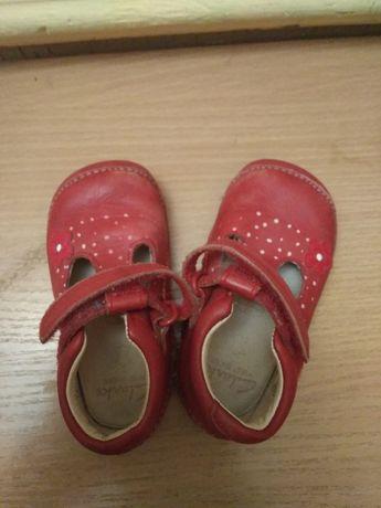 Детские туфельки clarks