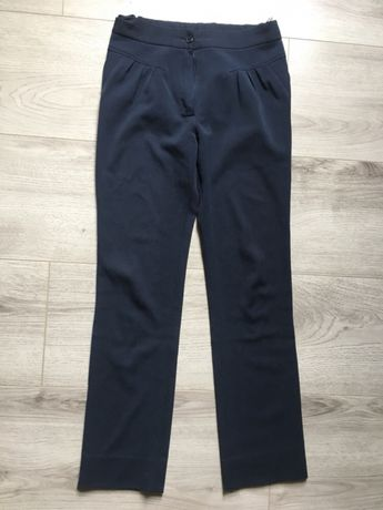 Школьные брюки на девочку, рост 146см, размер 38