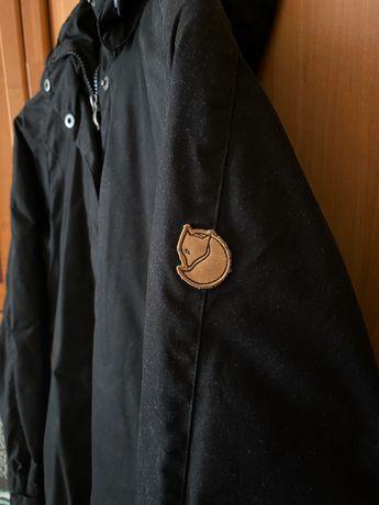 Женская парка Fjallraven Una Jacket (размер L)