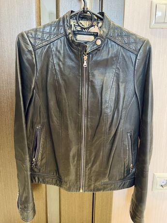 Кожаная куртка, курточка Massimo Dutti р. S/xs